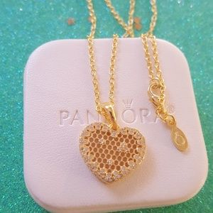 Authentic pandora honeycomb heart gold  necklace